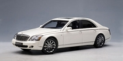 MAYBACH 57 S 2005 (WHITE) (76158)